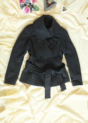 Шикарное шерстяное пальто(полупальто) zara в идеальном состоянии на размер с-м