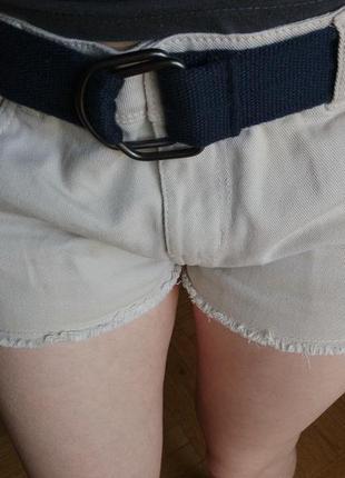 Летние бежевые шорты