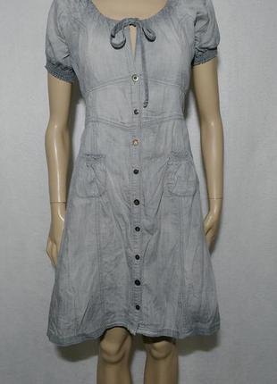Серое джинсовое легкое платье халат до колен