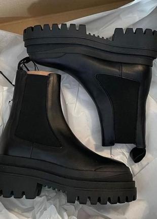 Трэндовые ботинки ботильоны на рифленой платформе zara-оригинал! натуральная кожа