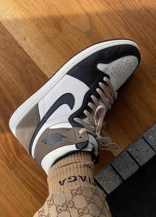 Nike air jordan 1 retro dark mocha женские кожаные кроссовки коричневого цвета