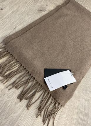 Шерстяной шарф selected