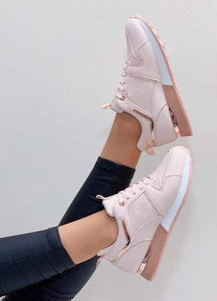 Кроссовки кеды эко-кожа светло-розовый на высокой подошве