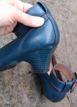 Туфли на среднем каблуке graceland3