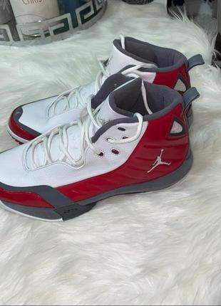 Jordan кроссовки
