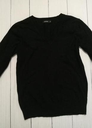 Черная кофта с v образным вырезом ostin s