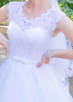 Свадебное платье,44-46 размер
