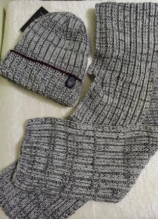Мужской комплект вязаный чоловіча шапка теплая на флисе и длинный шарф серый украина