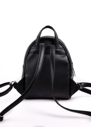 Черный маленький рюкзак женский молодежного типа матовый на плечо8 фото