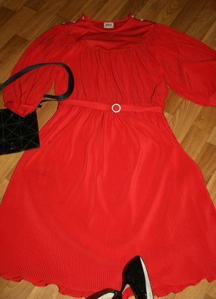 Винтажное немецкое плиссированное платье с поясом со стразами