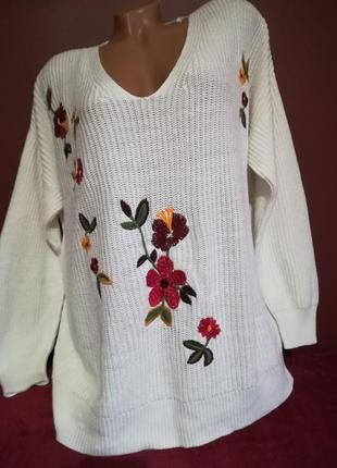 Пуловер, свитер с вышивкой от tu. оверсайз. батал.