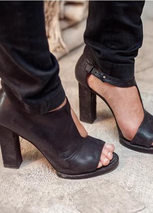 Оригинальные туфли &other stories
