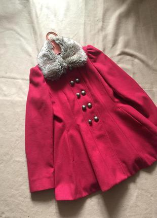Красное пальто-платье с меховым воротником 12р.