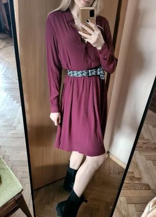 Универсальное платье -рубашка из вискозы. свободная посадка, с отрезной талией. minimum