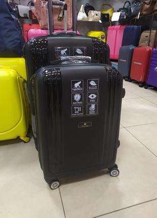 Ручная кладь,маленький чемодан с полированными вставками.