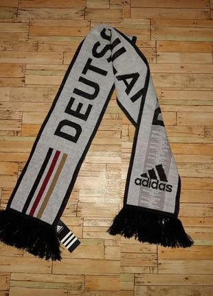 Оригинальный, тёплый шарф от adidas