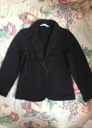 Трикотажный на баичке пиджак блейзер для школы и не только на рост 134+-см