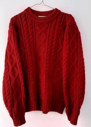 Массивный вязаный свитер