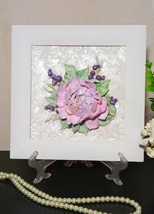 Объемное интерьерное панно, картина с пионом и ягодами