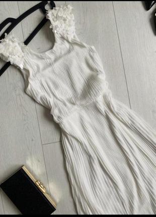 Платье макси , вечерне , свадебное на выпускной с пайетками и плисеровкой
