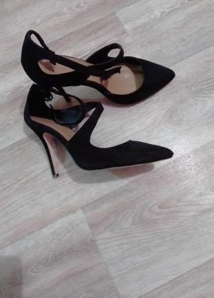 Замшевые туфли на шпильке, кожа внутри
