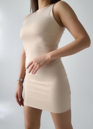 Базовое облегающее мини платье по фигуре