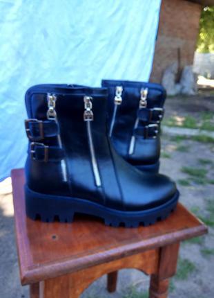Зимние женские ботинки ilona
