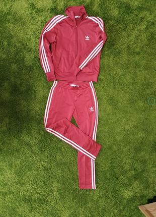 Спортивный костюм adidas original. оригинал