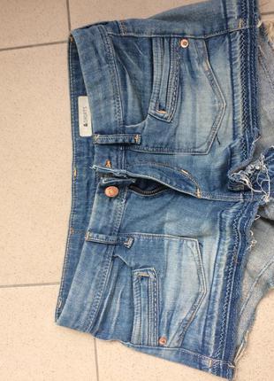 Джинсовые шорты h&m xs s  (как  zara, tommy hilfiger , guess )