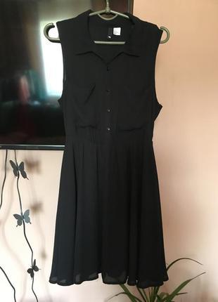Чёрное платье на пуговицах с подкладкой, юбка солнце, воротник