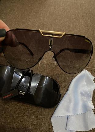 Солнцезащитные очки, италия