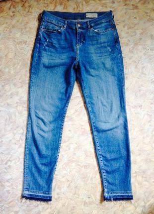 Фирменные джинсы скинни esprit