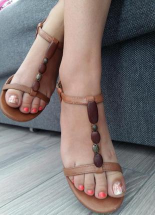 Обалденные базовые сандали