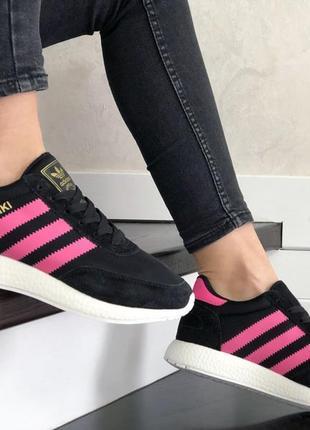 Женские кроссовки adidas iniki (чёрные с бело/малиновым) #адидас