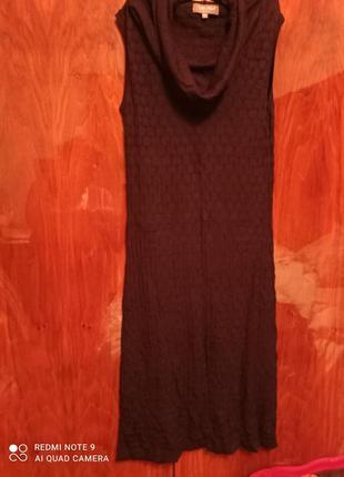 Чорне плаття - туніка без рукавів