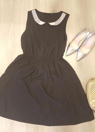 Платье lindex с белым воротником