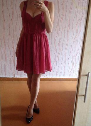 Вечернее платье цвета бордо-марсала от  h&m