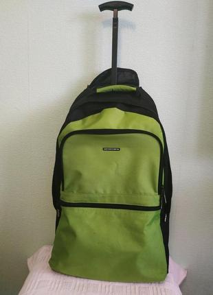 Дорожный чемодан рюкзак трансформер / bennetton