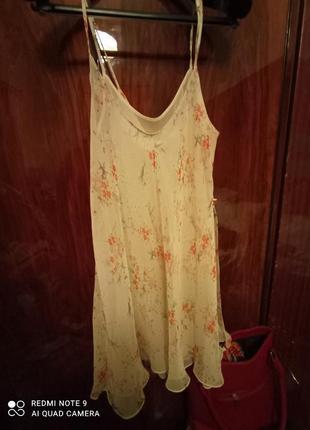 Легеньке повітряне плаття - сарафан