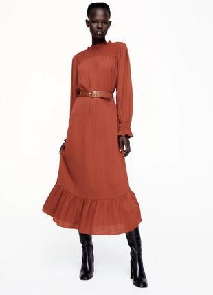 Zara платье с поясом, s/m