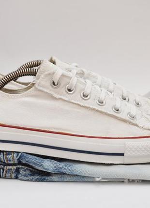 Білі кеди converse