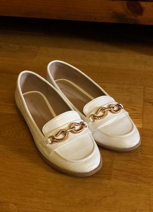 Лоферы белые золото dorothy perkins