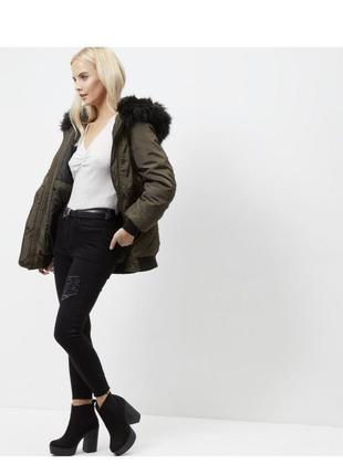 Тёплая удлиненная куртка демисезон с капюшоном и мехом, парка, пальто хаки