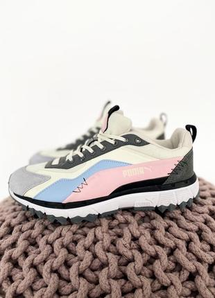 Прекрасные женские кроссовки puma бежевые с серым розовым и голубым цветом