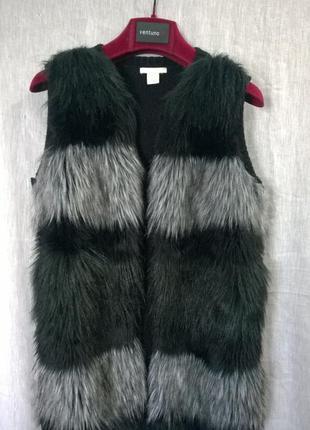 Шикарная меховая,вязанная жилетка,безрукавка.
