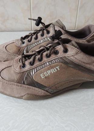 Esprit,германия,кожаные кроссовки,р 39(25 см)