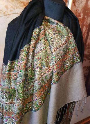 Шаль-шарф-палантин со стеклярусом