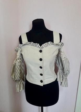 Блузка винтажная, открытые плечи, рукава буфы фонари, на пуговицах