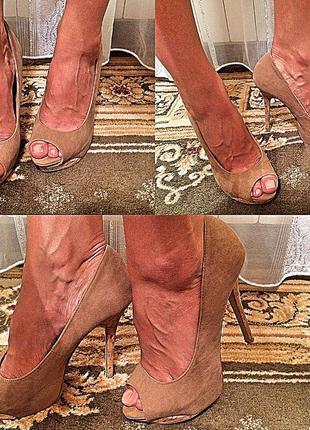 Элегантные туфли на каблуке