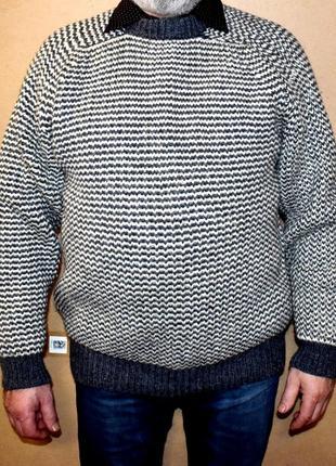 Shentons knitwear. очень тёплый шерстяной жаккардовый свитер. хл